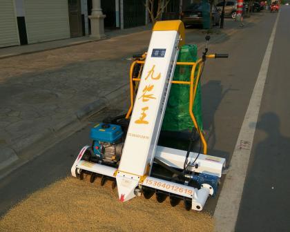 JZ-110型自走式收谷装袋机/收谷机/谷物收集机